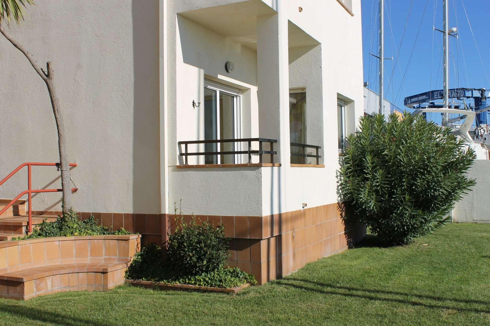 Vente Appartement 3 chambres parking et GRATUIT la location d un